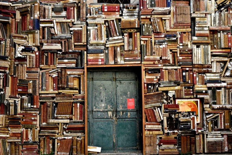 books-1655783.jpg