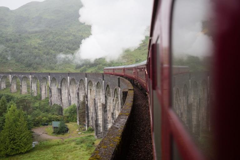 train-4362166.jpg